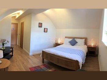 EasyRoommate UK - Double en-suite double room between town centre and uni/hosp, Dumfries - £400 pcm
