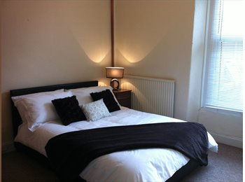 EasyRoommate UK - Rare chance to be apart of this house share, New Basford - £350 pcm