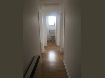 EasyRoommate UK - Two bedroom flat, Southampton - £800 pcm