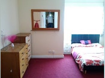 EasyRoommate UK - Huge smart double, no council tax / agent fees, Milton - £470 pcm
