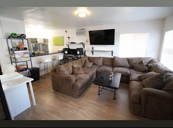 EasyRoommate US - Creative House. Actors. Musicians. DJs. Writers. Shared Space.  for Creative People. No Lease, East Hollywood - $695 pm