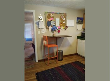 EasyRoommate US - CUTE 2 BEDROOM HOUSE, Marietta - $450 pm