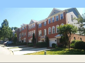 EasyRoommate US - Beautifull townhome in Norcross, Ga, Norcross - $750 pm