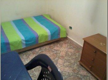 CompartoApto VE - Alquilo habitación Guarenas, Venezuela - BsF 25.000 por mes