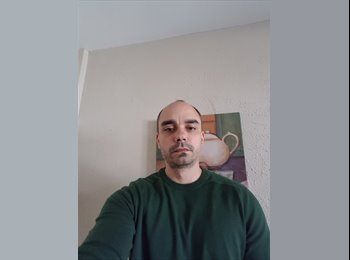 EasyRoommate IE - Rodrigo - 38 - Dublin