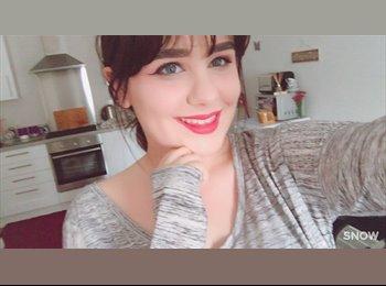 EasyRoommate UK - Lauren - 18 - Winchester