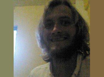 EasyRoommate UK - Craig - 26 - Stockwood