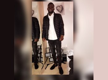 EasyRoommate UK - Lanre - 20 - Hendon