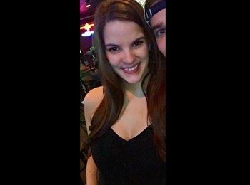 EasyRoommate US - Laura - 24 - Houston