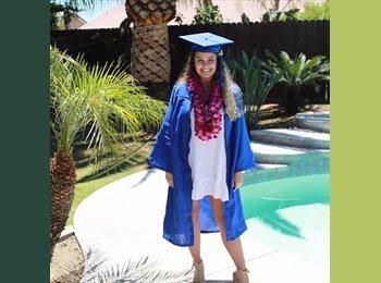 EasyRoommate US - Danielle - 22 - Newport Beach