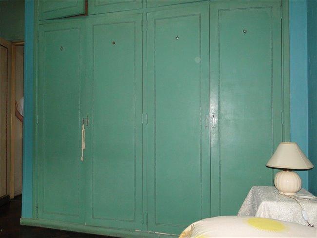 Habitacion en alquiler en Buenos Aires - Prolijo y amplio cuarto en un departamento Almagro   CompartoDepto - Image 3