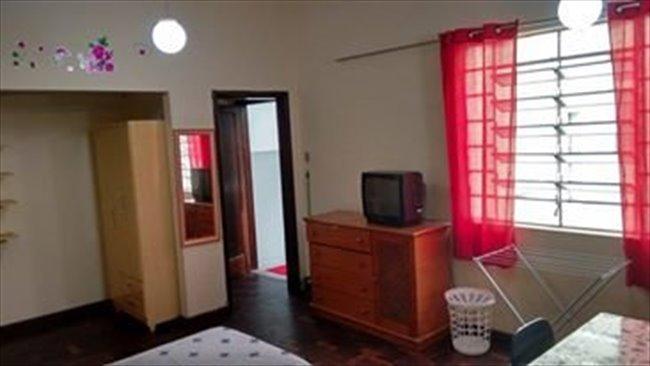 Aluguel kitnet e Quarto em Curitiba - Temos quarto vago por 700   EasyQuarto - Image 4