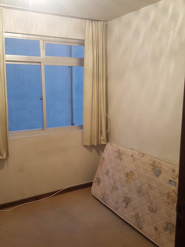 Aluguel kitnet e Quarto em Curitiba - Apartamento Agua Verde - Perto de Tudo | EasyQuarto - Image 4