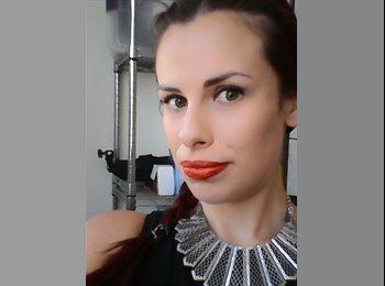 EasyPiso ES - Carole - 29 - Gerona