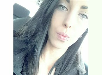 Appartager FR - Laura - 24 - Poitiers