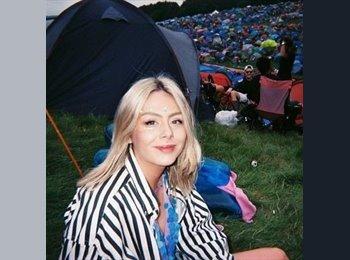 EasyRoommate UK - Emma - 21 - Plymouth