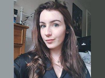 EasyRoommate UK - Katie - 19 - Bristol