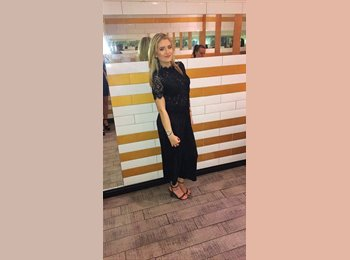 EasyRoommate UK - Lauren - 25 - Moss Side