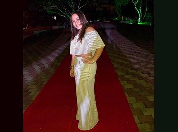 EasyRoommate US - Laura - 20 - Miami