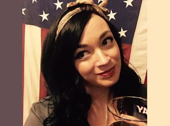 EasyRoommate US - Candice - 33 - Chicago