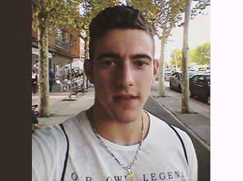 EasyPiso ES - Guillermo - 21 - Salamanca