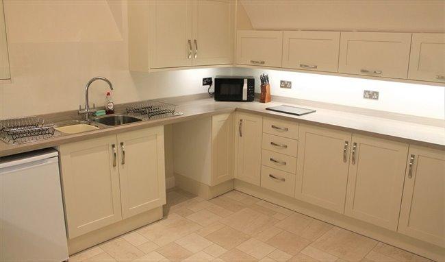 Room to rent in Saint Michael Street, Dumfries -  en-suite double rooms between town centre and uni/hosp - Image 4