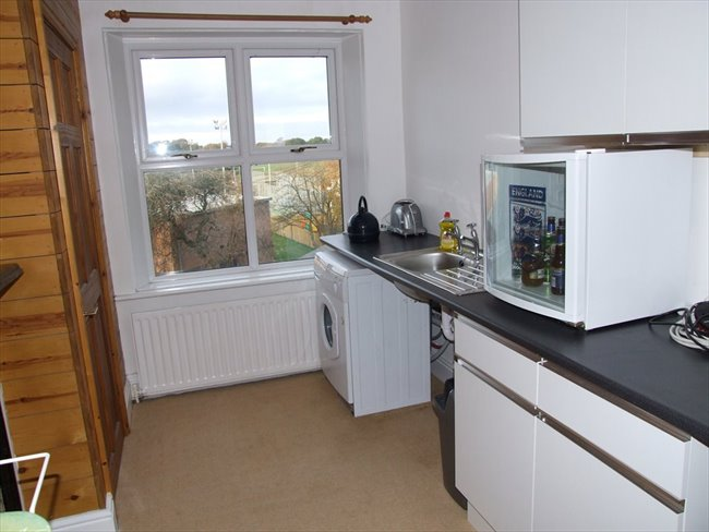 Room to rent in Warwick Road, Carlisle - Large Townhouse in Central Carlisle - Image 5