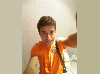 EasyPiso ES - Alejandro - 23 - Santiago de Compostela