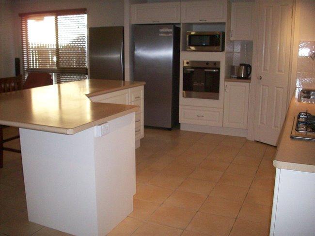Room to rent in Barwin Court, Douglas - Rooms for Rent - Riverside Gardens - Douglas - Image 5