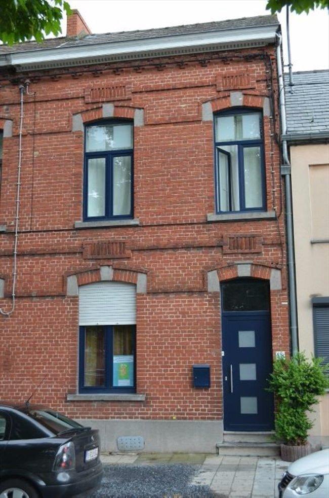 Colocation à Avenue des Guérites, Mons - Colocation Conviviale | Appartager - Image 1