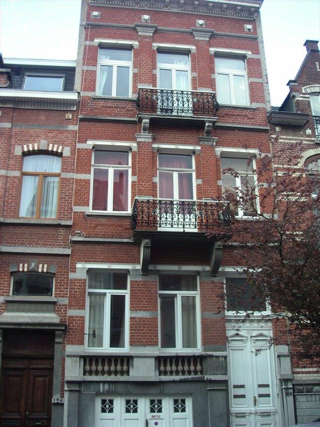 Colocation à Rue des Confédérés, Bruxelles - appartement meublé avec terrasse et jardin à louer | Appartager - Image 3