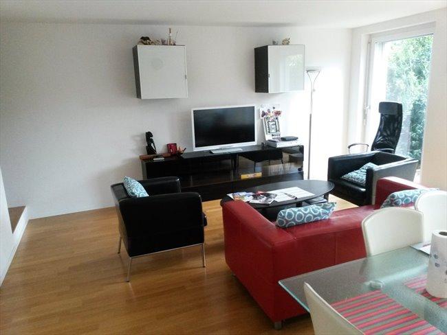 Colocation à Rue des Parcs, Neuchâtel - Chambre entièrement meublée dans un duplex avec  jardin privé | EasyWG - Image 1