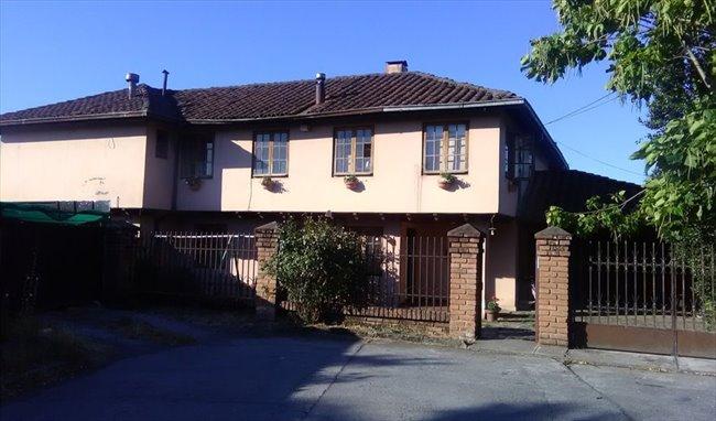 Pieza en arriendo en Esmeralda, Chillan - Comparto Casa cerca Universidad de Concepción | CompartoDepto - Image 1