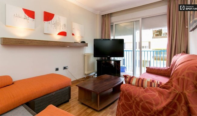 Piso Compartido en Calle Rosalía de Castro, Granada - El mejor piso de Granada con TODO INCLUIDO   EasyPiso - Image 1