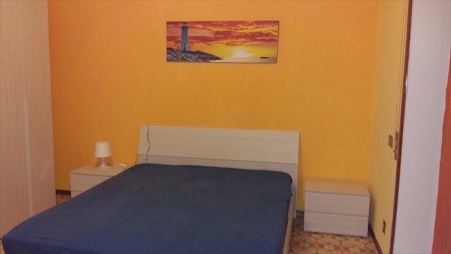 Stanze e Posti Letto in Affitto - Via Mario Cora, Roma - TOR VERGATA AFFITTASI  A STUDENTESSE  STANZE  SINGOLE   EasyStanza - Image 2