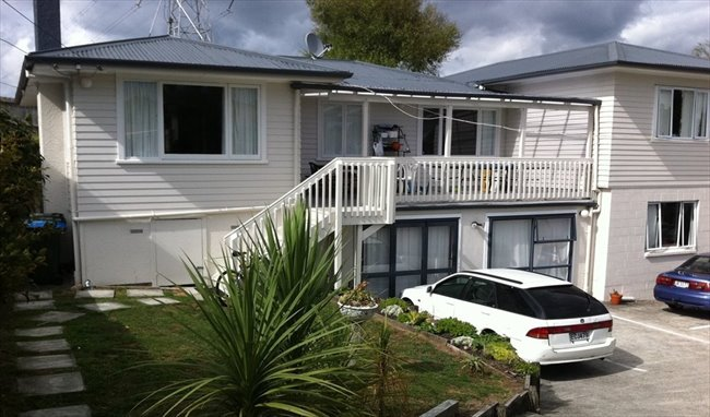 Room to rent in Swinburne Street, Auckland - NiceFurnished Rooms in Central / West Auckland - Image 1