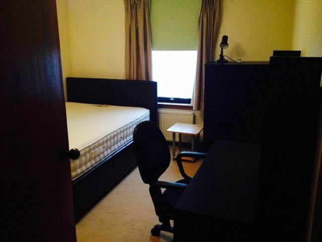Room to rent in Gordon Street, Aberdeen - Double bedroom available in a 2 bedroom flat very central located - Image 6