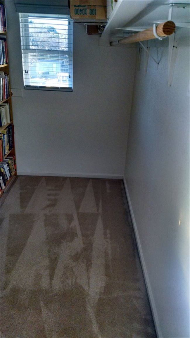 Room for rent in Cottle Avenue, Central San Jose - LARGE Room with Walk In Closet For Rent - San Jose (Willow Glen) - Image 6