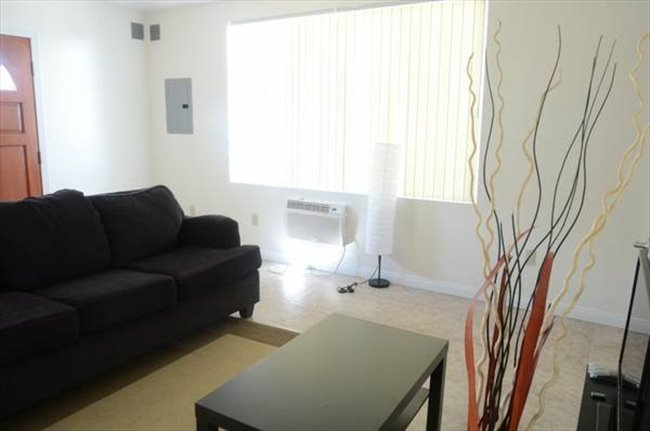 Room for rent in Centinela Avenue, Mid-City - SHARED ROOM FOR MALE  - Image 3