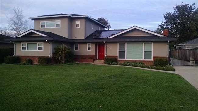 Room for rent in Cottle Avenue, Central San Jose - Large Room Available In Willow Glen (San Jose) - Image 1