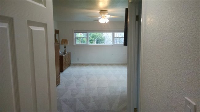 Room for rent in Cottle Avenue, Central San Jose - Large Room Available In Willow Glen (San Jose) - Image 4