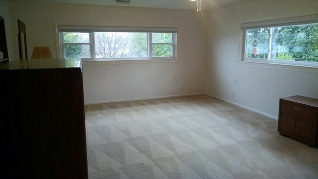 Room for rent in Cottle Avenue, Central San Jose - Large Room Available In Willow Glen (San Jose) - Image 7