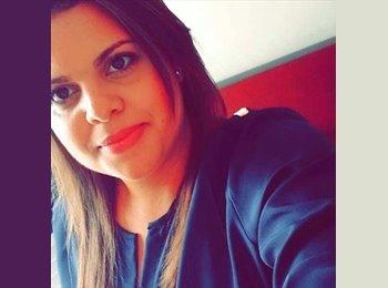 EasyQuarto BR - Raquel - 24 - Uberlândia