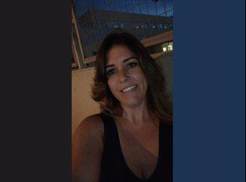 EasyPiso ES - Deborah - 35 - Ibiza