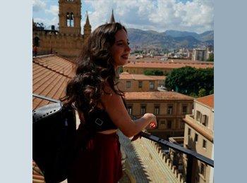 EasyStanza IT - Simona - 19 - Messina