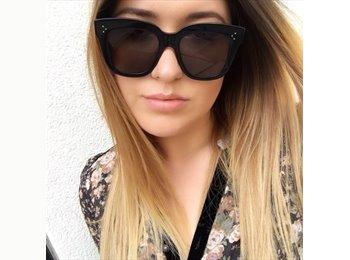 EasyStanza IT - Adriana - 24 - Verona