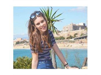 EasyRoommate UK - Andrea - 20 - Brighton