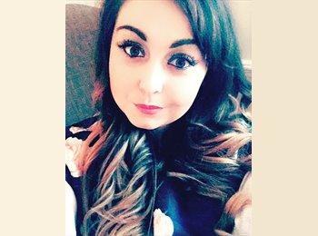 EasyRoommate UK - Natalie - 27 - Old Malden
