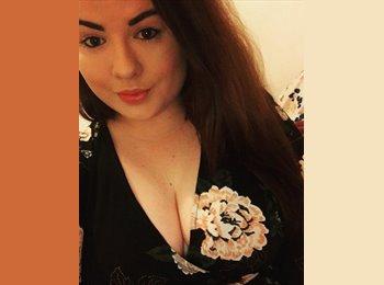 EasyRoommate UK - Laura  - 20 - Didcot