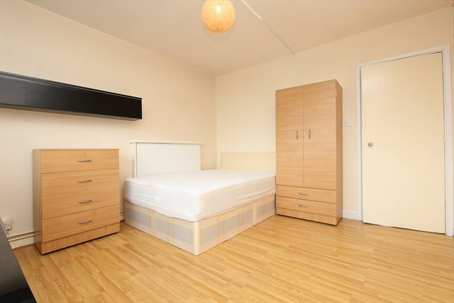 3 bed flats in london to rent. room to rent in london road, - 3 bed flat brand new with big bed flats t